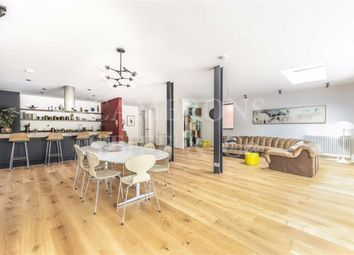 5 bed property for sale in The Avenue, London NW6