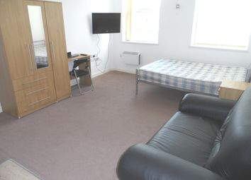 Thumbnail 1 bedroom flat to rent in Butt Close Lane, City Centre, Churchgate, Leicester