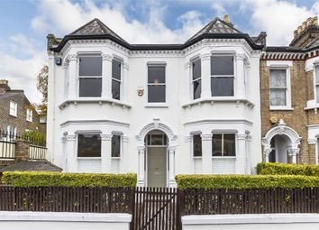 Thumbnail 6 bed flat to rent in Franconia Road, London