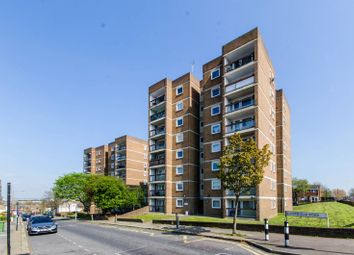 Thumbnail 1 bed flat to rent in Bloomfield Road, Woolwich
