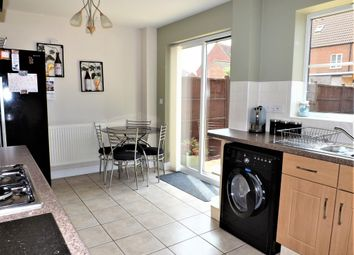 Thumbnail 3 bed town house for sale in Greenwich Avenue, Holbeach, Spalding