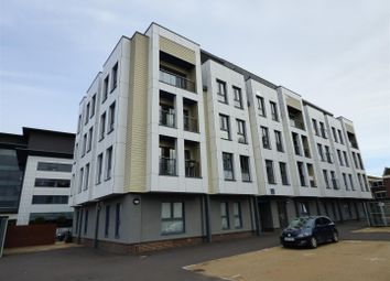 Thumbnail 2 bedroom flat for sale in New Orchard, Poole