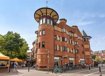 Thumbnail 1 bedroom flat for sale in Gloucester Green, Oxford