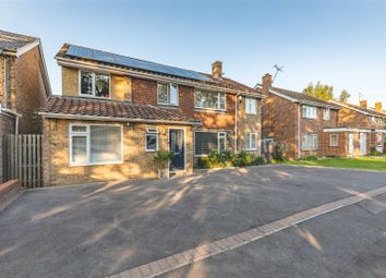 Court Close, Bray, Maidenhead SL6. 5 bed detached house
