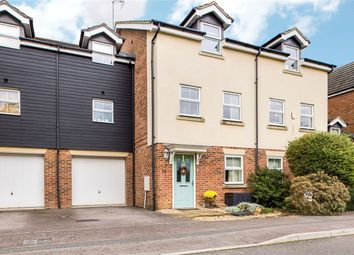 Thumbnail 4 bedroom detached house for sale in Beatty Rise, Spencers Wood, Reading, Berkshire