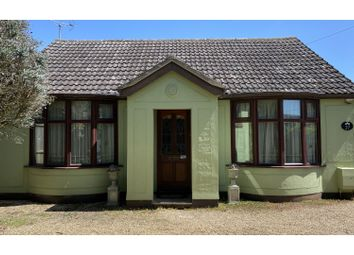 Lexden Road, Colchester CO6. 2 bed detached bungalow