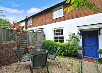 Thumbnail 2 bed cottage to rent in Henley On Thames, Oxfordshire