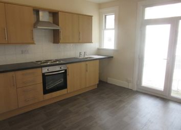 2 bed flat to rent in Belgrave Court, Swansea SA1