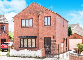Thumbnail 3 bed detached house to rent in Orchard Grove, Dunscroft, Doncaster