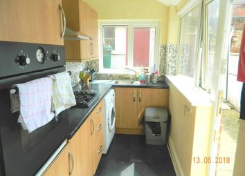 Thumbnail 4 bed shared accommodation to rent in Florence Street, Lincoln