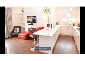Thumbnail 2 bed flat to rent in Park Road, Timperley, Altrincham
