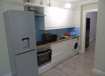 Thumbnail 1 bed flat to rent in Drapers Mews, Biscot Road, Luton