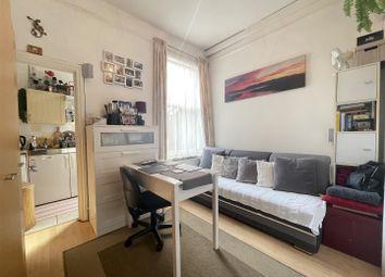Thumbnail Studio to rent in Cedar Road, London