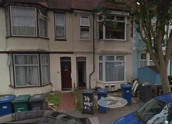 Thumbnail 3 bed flat to rent in Albert Road, Hendon