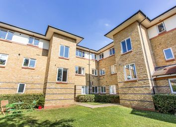 Thumbnail 2 bed flat to rent in Myddleton Avenue, London