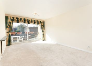 3 bed flat to rent in September Way, Stanmore HA7
