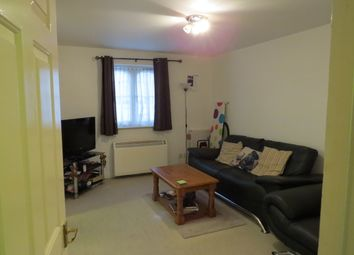 Thumbnail 1 bed flat to rent in Lucas Gardens, East Finchley
