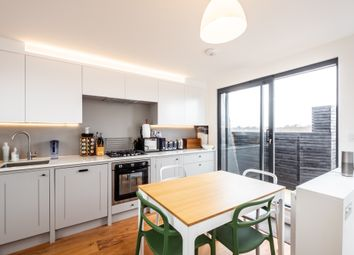 Thumbnail 2 bed flat to rent in Blurton Road, Lower Clapton