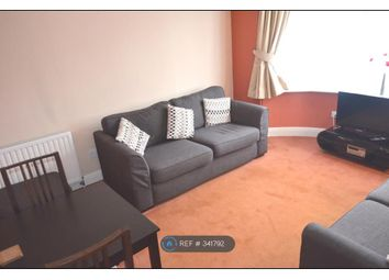 Thumbnail Room to rent in Rose Glen, Rush Green