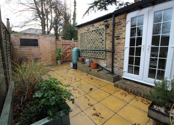 Thumbnail 2 bed flat to rent in Park Road, Wallington