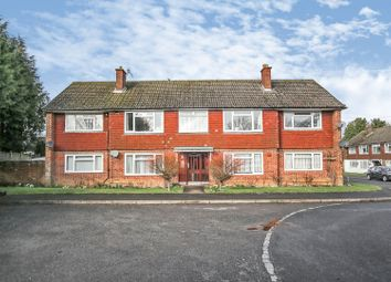 2 bed flat for sale in Meadway, Sevenoaks TN14