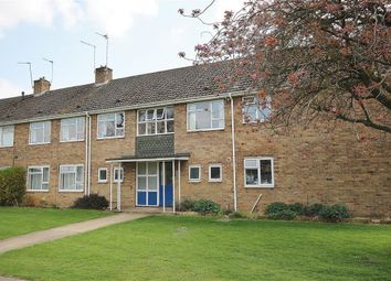Thumbnail 2 bedroom flat to rent in Appleford Drive, Abingdon-On-Thames