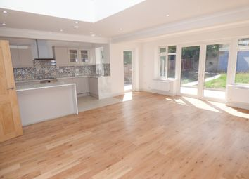 Thumbnail 4 bed bungalow to rent in Baring Road, New Barnet, Herts