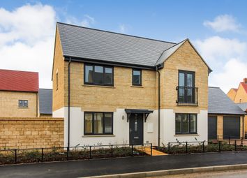 Thumbnail 4 bed detached house for sale in Edgehill Close, Carterton