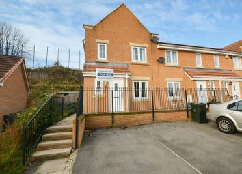 Thumbnail 3 bedroom town house for sale in 43 Inchburn Crescent, Penistone, Sheffield