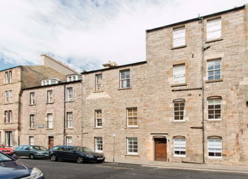 Thumbnail 2 bed flat to rent in Sciennes House Place, Marchmont, Edinburgh, 1Nn