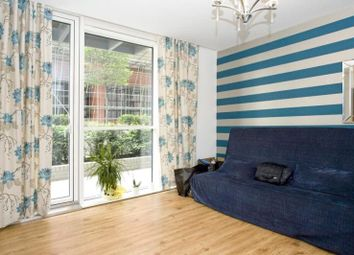 Thumbnail 1 bed flat to rent in Goodman Street, Tower Hill, London