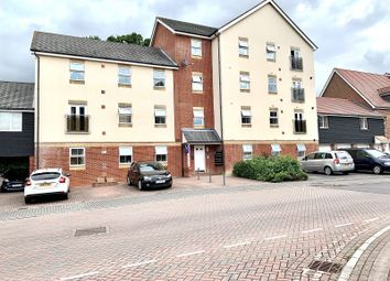 Thumbnail 2 bedroom flat for sale in White's Way, Hedge End, Southampton
