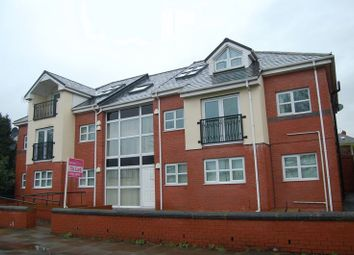 Thumbnail 2 bed flat to rent in Bury & Rochdale Old Road, Bury