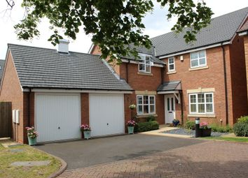 Thumbnail 4 bed detached house for sale in Fosse Close, Two Gates, Tamworth