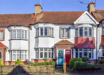 Thumbnail 2 bed flat for sale in Elm Road, Leigh-On-Sea, Essex