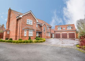 Thumbnail 6 bed detached house for sale in The Combes, Southwell