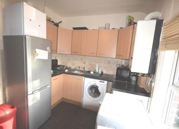Thumbnail 4 bed flat to rent in Cardigan Road, Hyde Park, Leeds