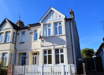 Thumbnail 1 bed flat to rent in Southview Drive, Westcliff-On-Sea