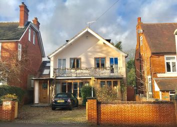 Thumbnail 6 bedroom detached house to rent in Henley-On-Thames, Oxfordshire