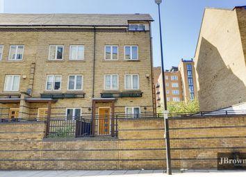 St. Davids Square, London E14. 4 bed terraced house