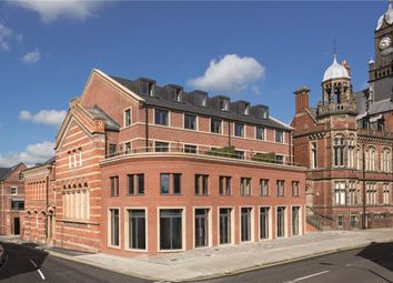 2 bed flat for sale in Clifford Street, York, North Yorkshire YO1