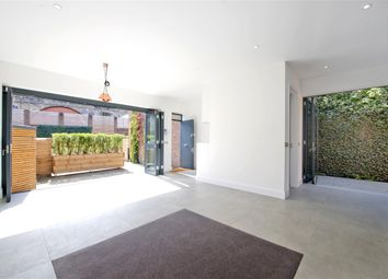 Thumbnail 2 bed property to rent in Parkside, Ravenscourt Road, Hammersmith