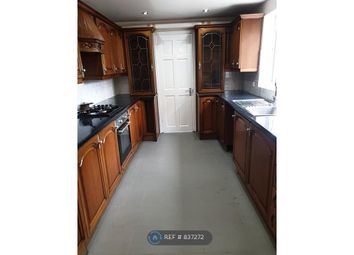 Thumbnail 4 bed terraced house to rent in East Road, London
