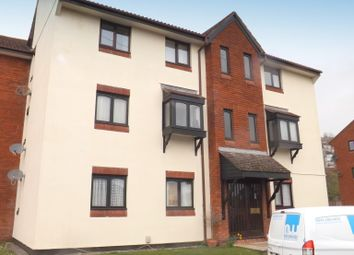 2 bed flat to rent in Finch Close, Laira, Plymouth PL3