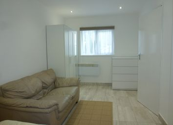Thumbnail 2 bedroom flat to rent in Merthyr Road, Whitchurch