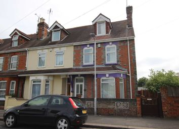 Thumbnail 5 bed property for sale in Kensington Road, Reading