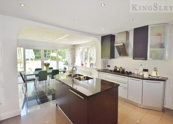 Thumbnail 6 bed property to rent in Fitzalan Road, London