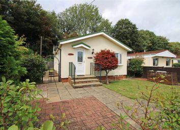 2 bed mobile/park home for sale in Woodlands, Meadowlands, Addlestone, Surrey KT15