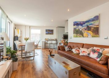 1 bed flat for sale in Cannon Court, Islington, London EC1V