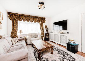 4 bed property for sale in Warwick Avenue, Edgware HA8